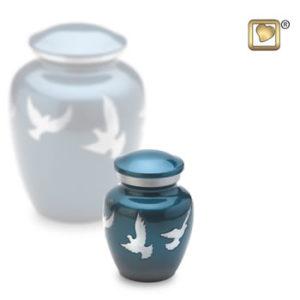 Keepsake flying doves urn